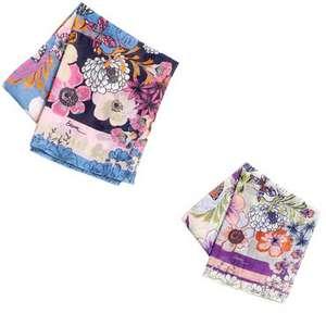 8 mars : des foulards Etam pour la journée de la femme