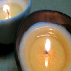 Comment fabriquer vos bougies de massages à la maison ?