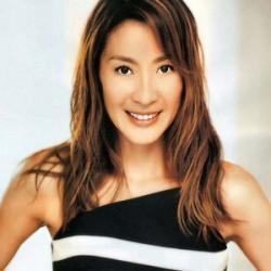 Michelle Yeoh : Sublime Reine de Beauté
